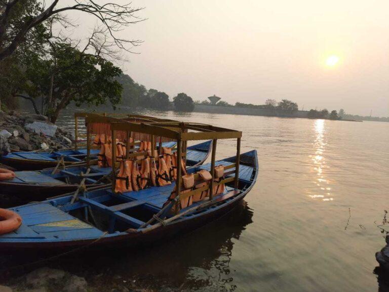Maithon dam boating